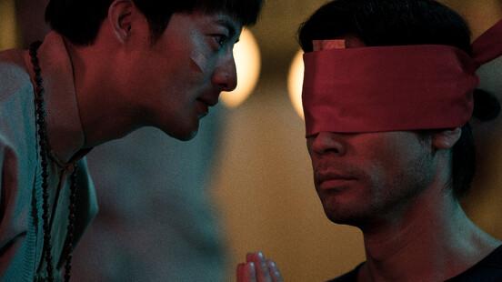 《驚夢49天》台灣恐怖民間習俗「觀落陰」搬上大銀幕!紅衣女子惡夢纏身,身邊的人一個個離奇死亡......