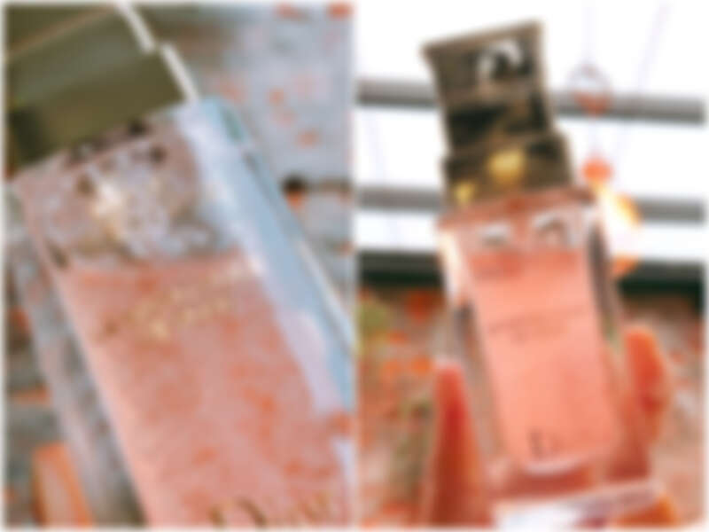 每一瓶迪奧精萃再生微導精露,皆含有10,000顆以上的微導膠囊