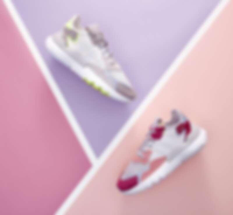 adidas Originals NITE JOOGER 白黃配色、桃紅配色,皆為4,690元