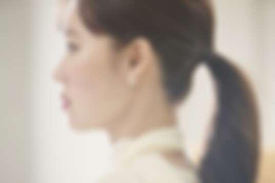 伯爵亞太區品牌大使孔曉振於最新形象影片中配戴Sunlight系列18K玫瑰金鑲鑽耳環