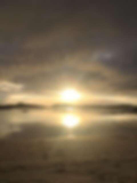 午夜時分,太陽依舊掛在天空