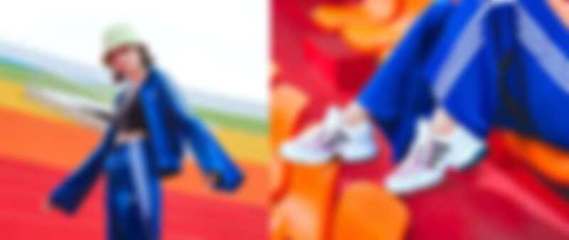adicolor系列螢光黃漁夫帽NT1,090、寶藍水袖運動外套NT3,090,寶藍運動褲NT2,890,TANK背心NT1,090,全新EQT GAZELLE撞色鞋款NT3,890