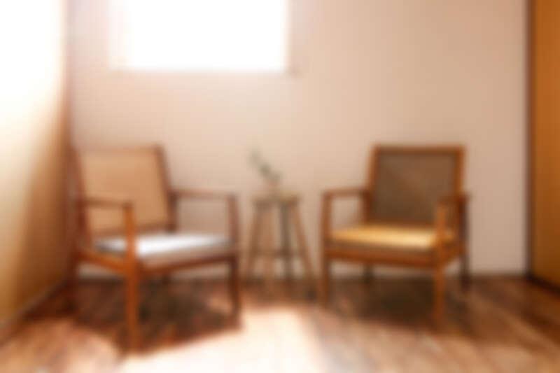 藤椅的用法,許多人都用錯了。好好珍惜使用,加上椅墊才能用得更長久