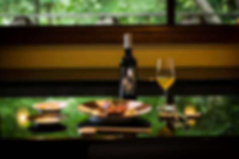 誠品生活號 宇治園 頂級世界高峰會指定佐茶 推薦價2,650元。