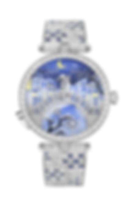 若仔細觀察,不難發現當這對戀人親吻時,是不在正規的時與分數字標示範圍內的。這象徵著珍愛之吻,讓人忘卻時間,剎那即永恆。Van Cleef & Arpels - Lady Arpels Pont des Amoureux Hiver 冬季腕錶 (正面親吻)