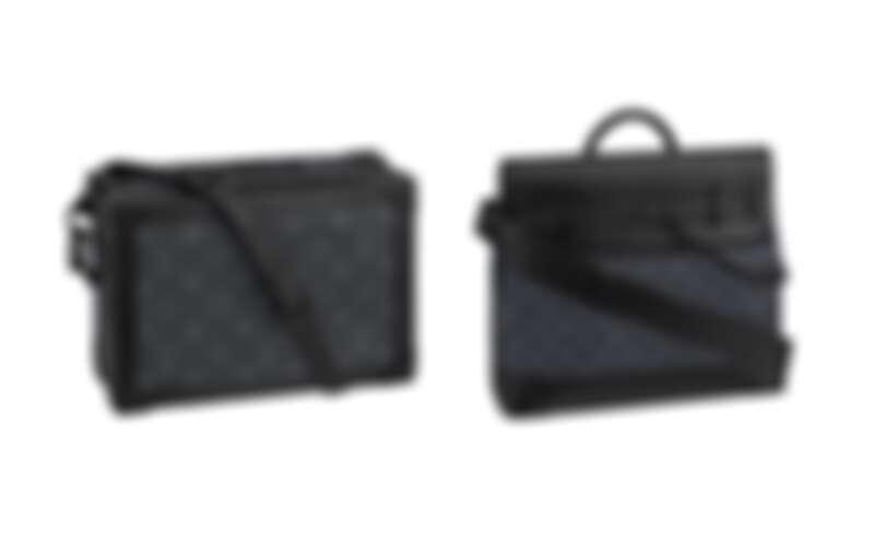 SOFT TRUNK手袋,NT119,000、STEAMER手袋,NT121,000