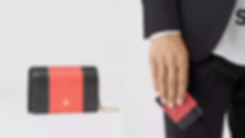 BURBERRY 浮雕皮革卡片夾,NT18,800