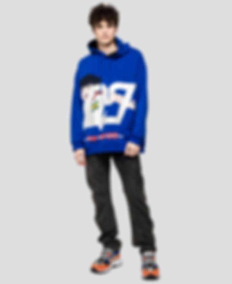 MSGM藍色足球小將翼連帽上衣(NT$19,300)。