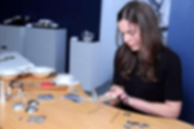 喬治傑生x台北當代銀雕展,丹麥總部銀雕大師 Dorothe 展現銀藝工法