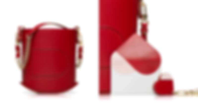 售價:(左)包包NT79,900 & 鍊帶NT19,100、(右)卡包NT10,600 & 鑰匙圈NT9,300