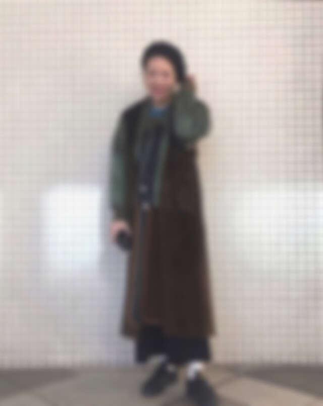 多層次的大衣也能展現時髦復古風