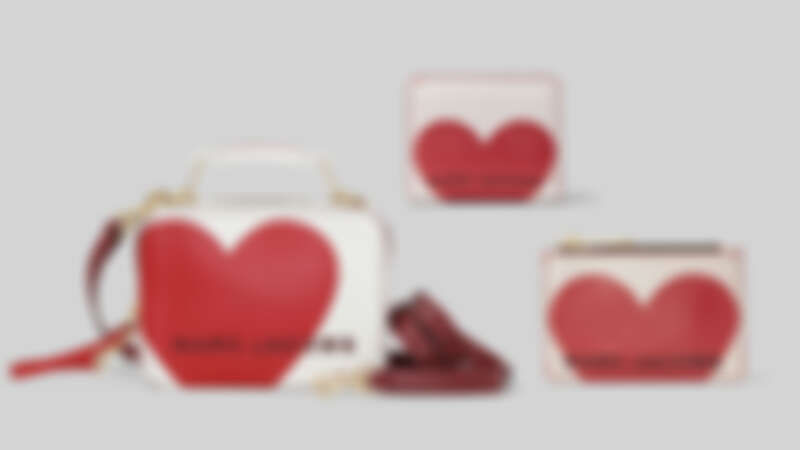 Marc Jacobs 嵌入你心(Heart Intarsia)系列:The Box (23cm) NT18,900 、(20cm)NT15,900 ;零錢包,NT5,290;;短夾,NT6,990。