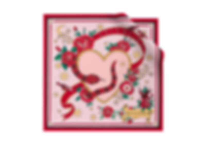 BVLGARI情人節限定蛇之愛戀上等斜紋絲巾,NT$8800