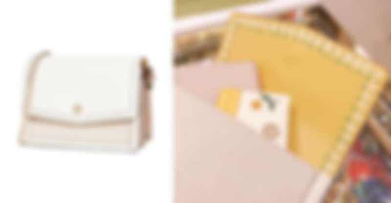內裡的小雛菊印花,是這款肩背包的小彩蛋。(NT$18,900)