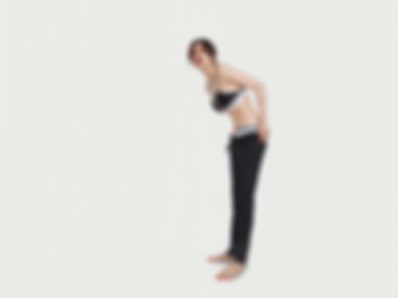 CK ONE織襪羅紋薄墊內衣(NT$1,980)、織襪羅紋內褲(NT$1,080)、休閒運動褲(NT$2,480)