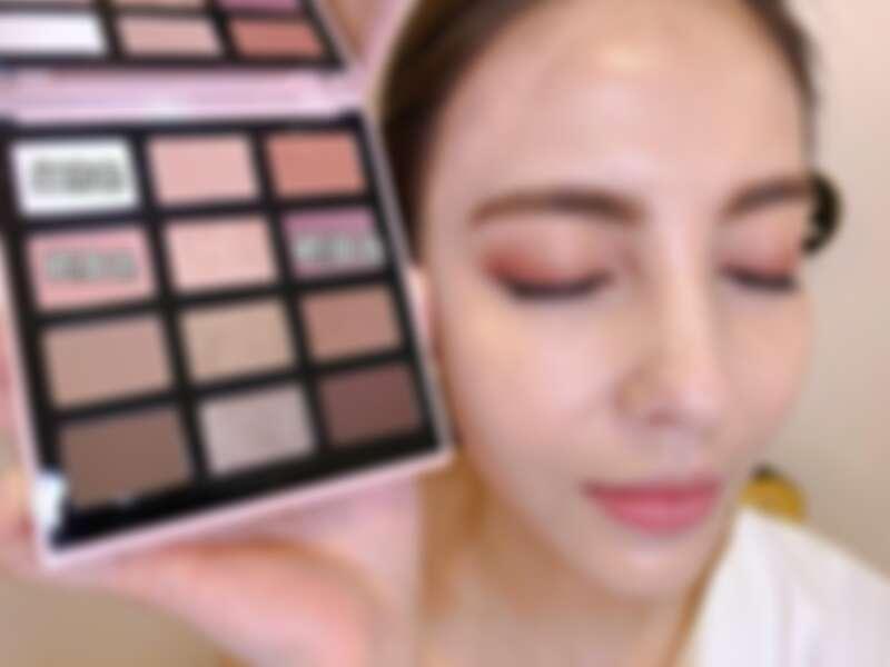Bobbi Brown法式甜點12色眼影盤 妝容示範