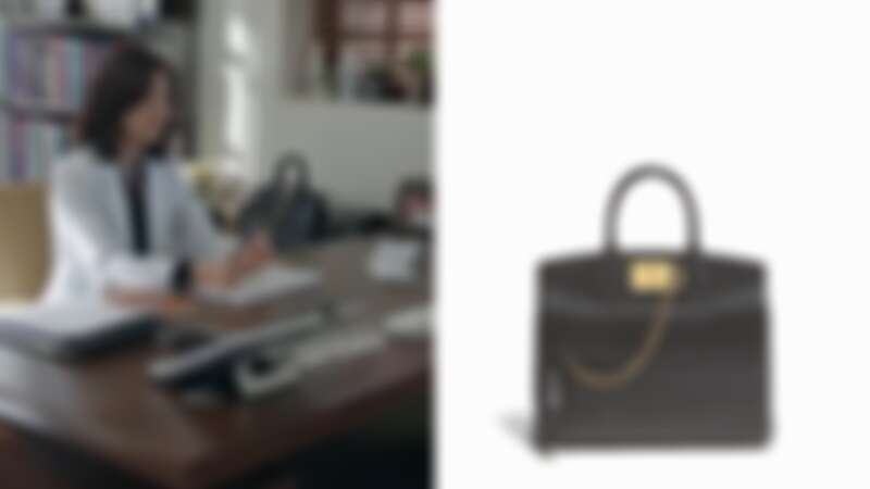 善雨同款:STUDIO黑色鹿皮提包中型尺寸(NT$92,900)