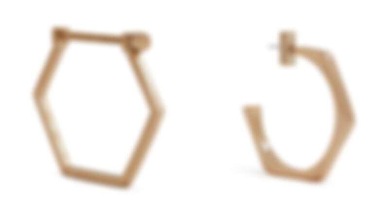 手環(NT$3,100)、耳環(NT$1,800)