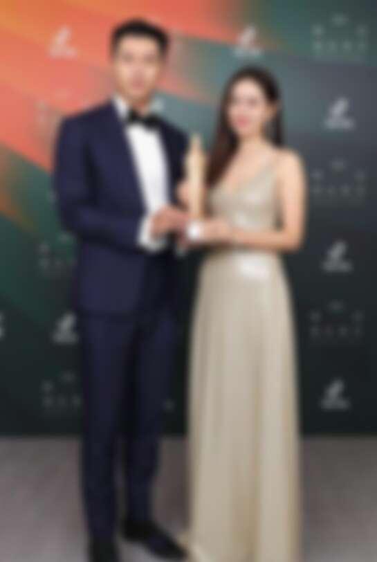 最佳人氣演員 玄彬、孫藝珍 《愛的迫降》