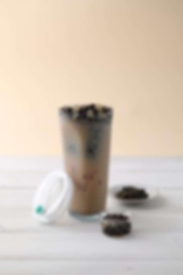 「FLOAT 漂浮珍奶杯」特殊設計讓你每一口都能喝到珍珠,時尚又環保|誠品書店