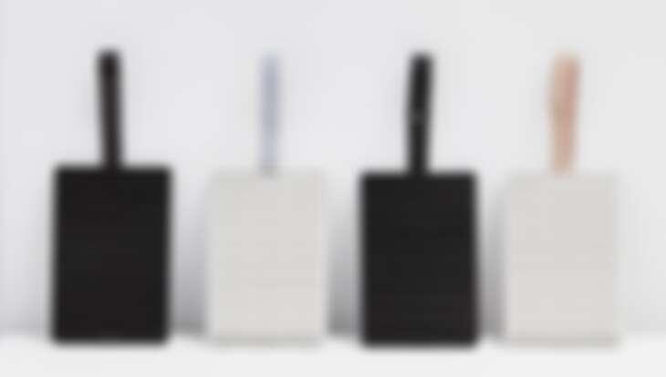 「Unipapa」設計簡約造型隨身吊掛防蚊卡匣,無臭無味,有效持續高達130天,室內室外輕鬆防蚊|誠品書店