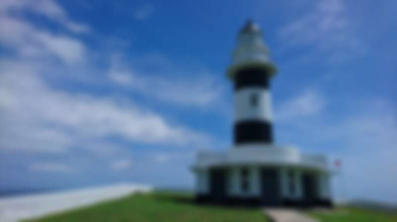 船游出海,探訪澎湖東吉燈塔。Source: KLOOK