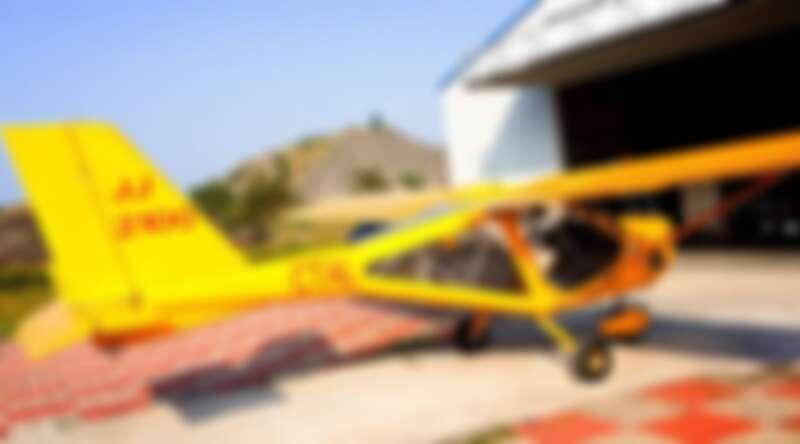 到屏東搭乘輕型飛機離開地球表面,體驗在空中飛行的刺激快感。Source: KLOOK