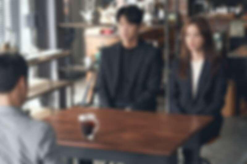 李準基、文彩元在《惡之花》劇中飾演夫妻(圖/LINE TV提供)。