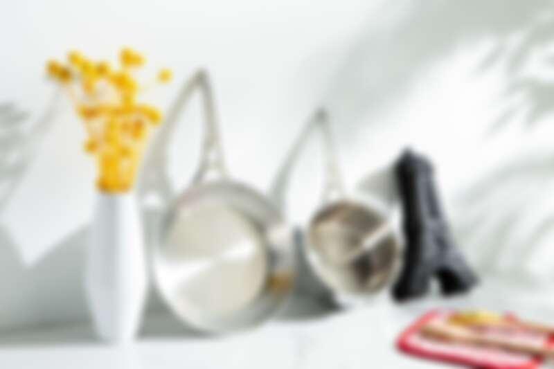 限量!!!絕美的艾菲爾旗艦款系列:艾菲爾單柄平底鍋、艾菲爾單柄調理鍋、艾菲爾黑軟矽膠烤模。