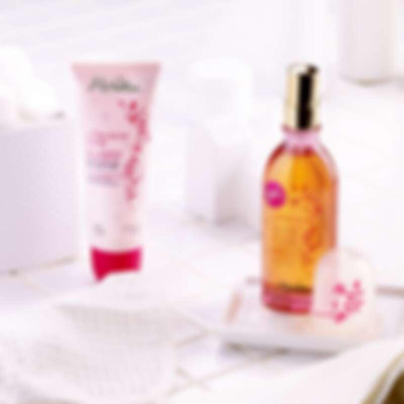 Melvita粉紅胡椒系列產品。