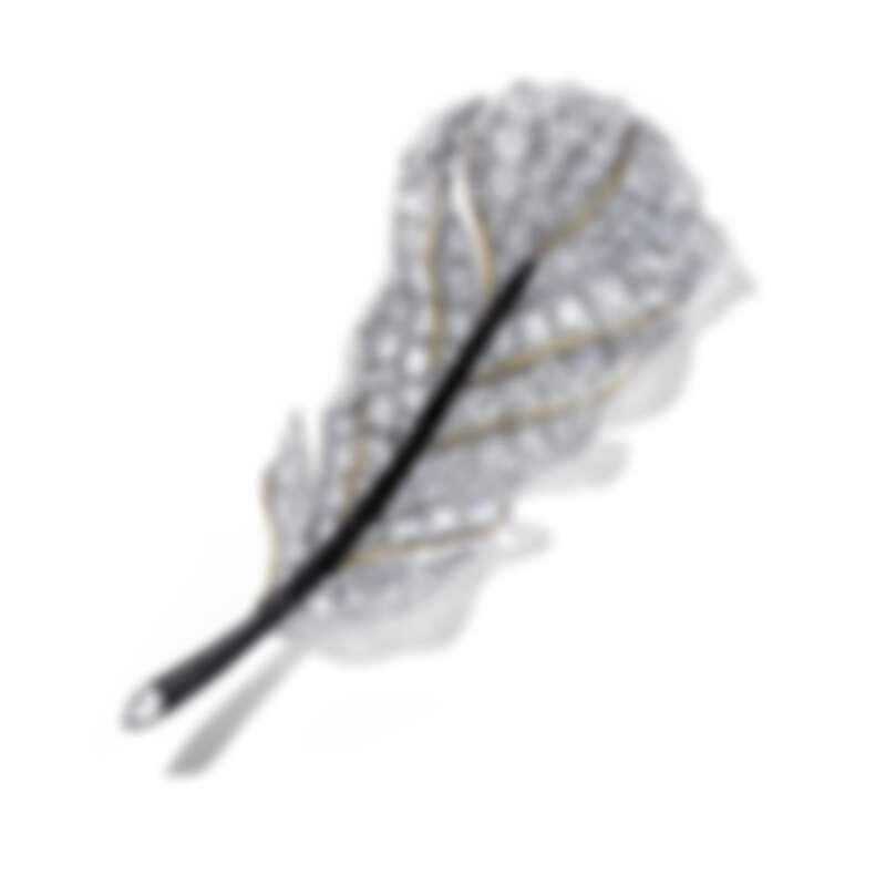 15週年系列作品 羽毛胸針  以異材質結合黑檀木與鑽石, 重新詮釋CINDY CHAO最經典黑白系列  1070顆鑽石 約62克拉   鈦金屬22K黃金