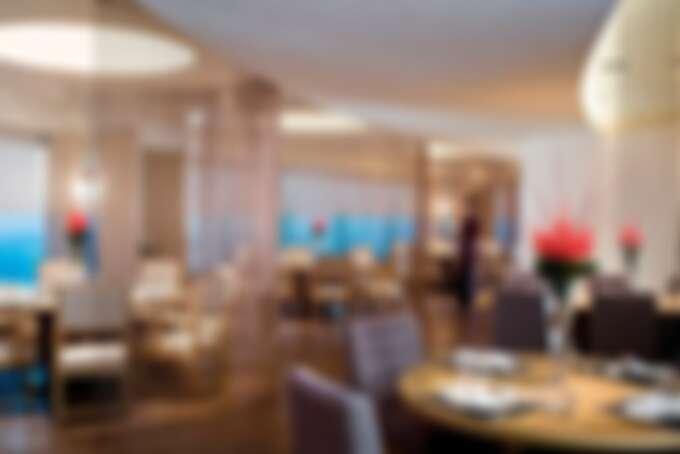 醉月樓主廚強調色香味俱全和精緻廚藝,為賓客提供台式和粵式點心