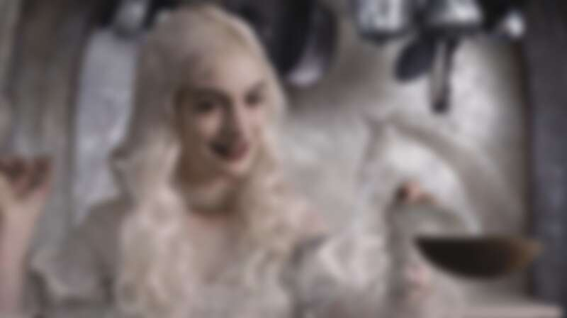 安海瑟薇演出《魔境夢遊》