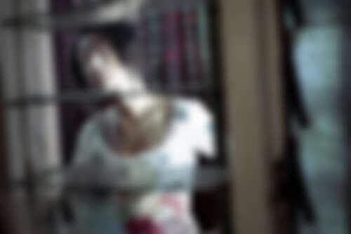 白靈2004年《三更2餃子》飾演媚姨