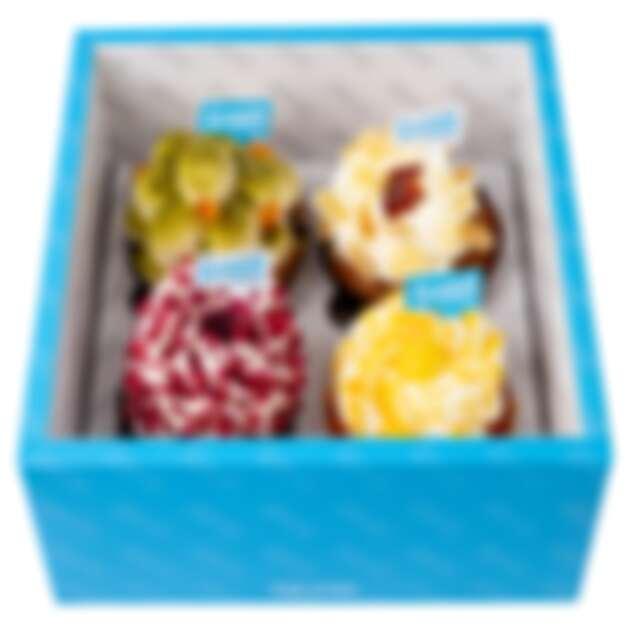 誠品生活耶誕市集 一顆蛋.糕 指定杯子蛋糕組合(四入) 特價250元│原價320元(每日限量10組)。
