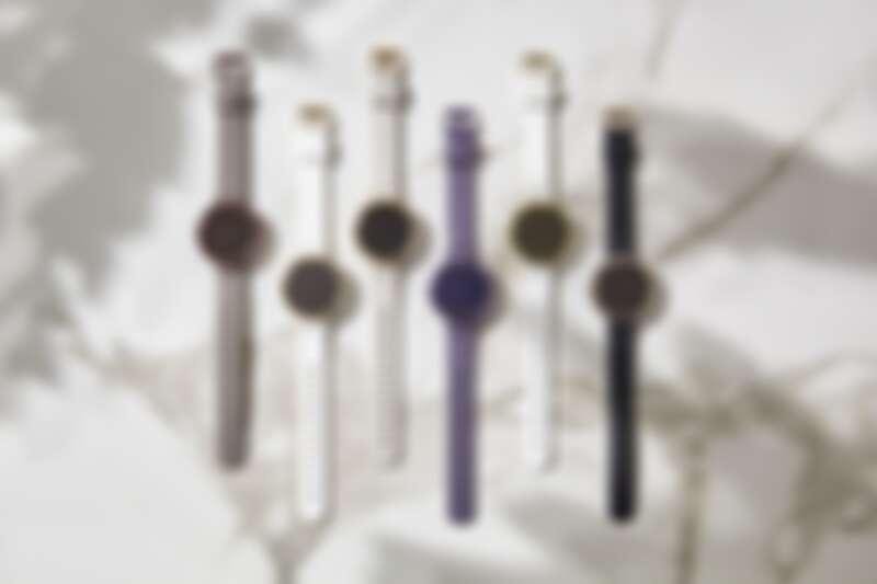 左至右:GARMIN Lily智慧腕錶 經典款-暗棕深古銅,NT7,990、GARMIN Lily智慧腕錶 運動款-純白奶油金,NT6,990、GARMIN Lily智慧腕錶 運動款-淡沙玫瑰金,NT6,990、GARMIN Lily智慧腕錶 運動款-靛夜暗灰紫,NT6,990、GARMIN Lily智慧腕錶 經典款-純白燦日金,NT7,990、GARMIN Lily智慧腕錶 經典款-黑蘊奶油金,NT7,990。