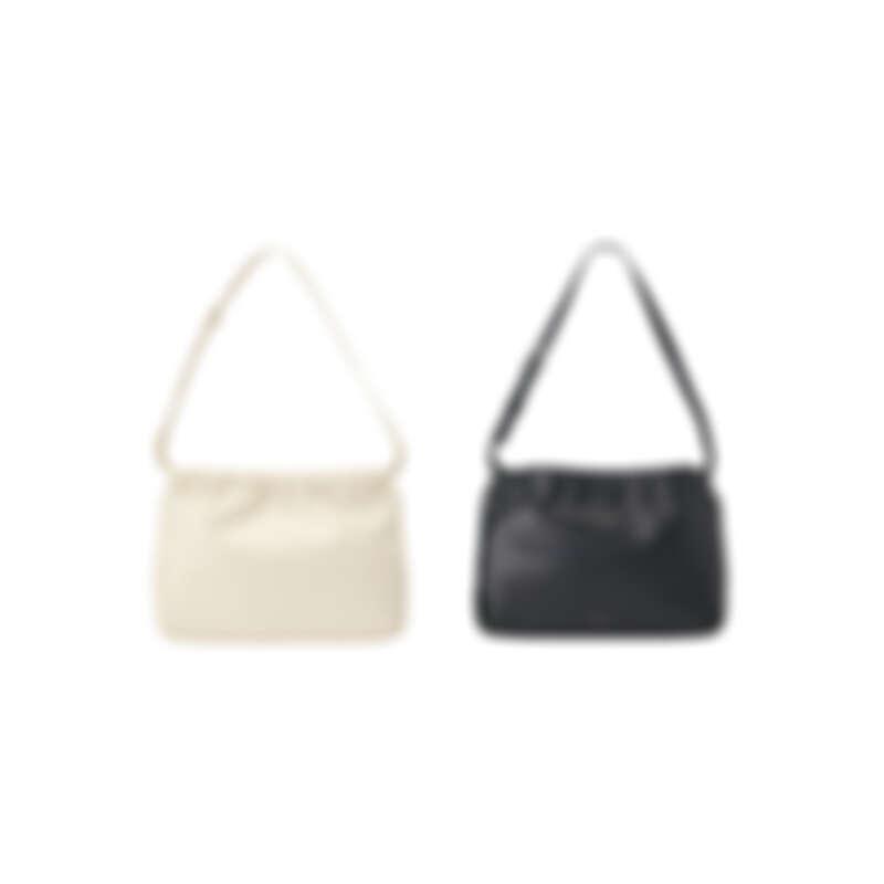 Agnés b.  EDiE皮革包(中),售價NT$10,580