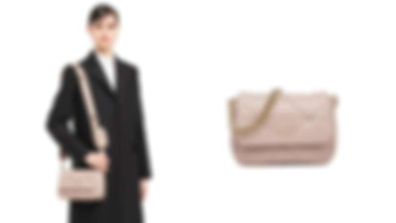 Prada皮革肩背袋,NT96,000