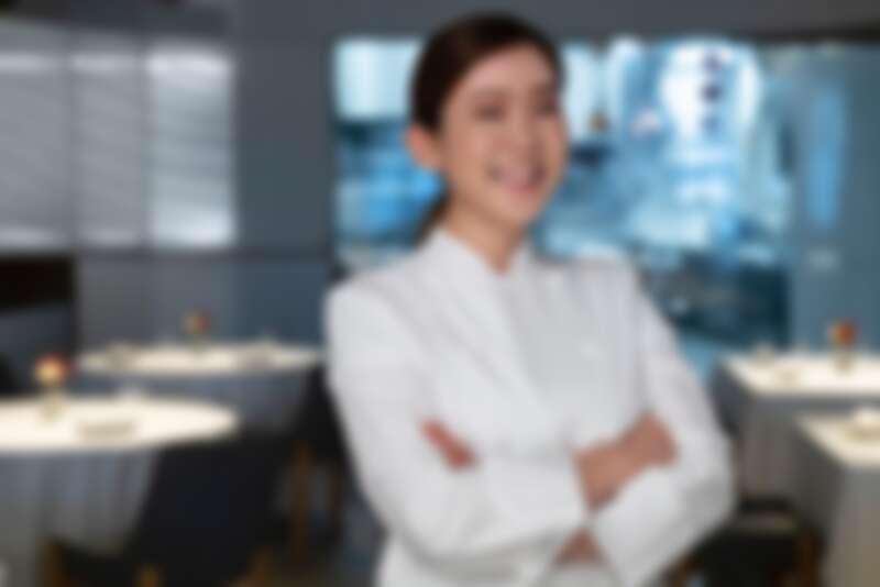 賴思瑩(Angela Lai)是台灣第一位以「甜點主廚」身份獲獎的得獎者。