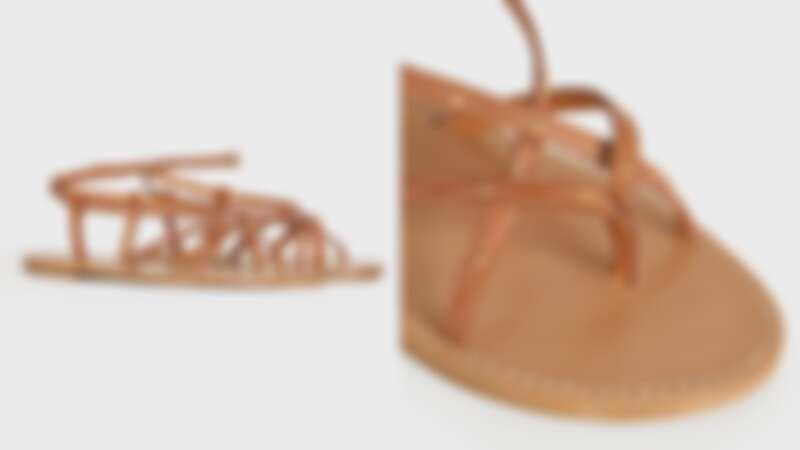 CELINE Taillat Flat涼鞋,NT 25,500