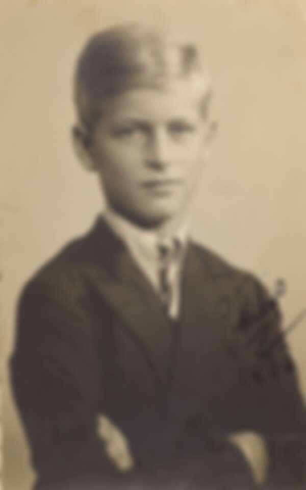 菲利普親王孩童時代