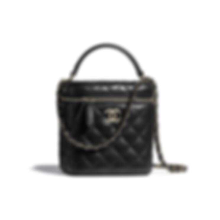 Chanel小型化妝包,NT140,500