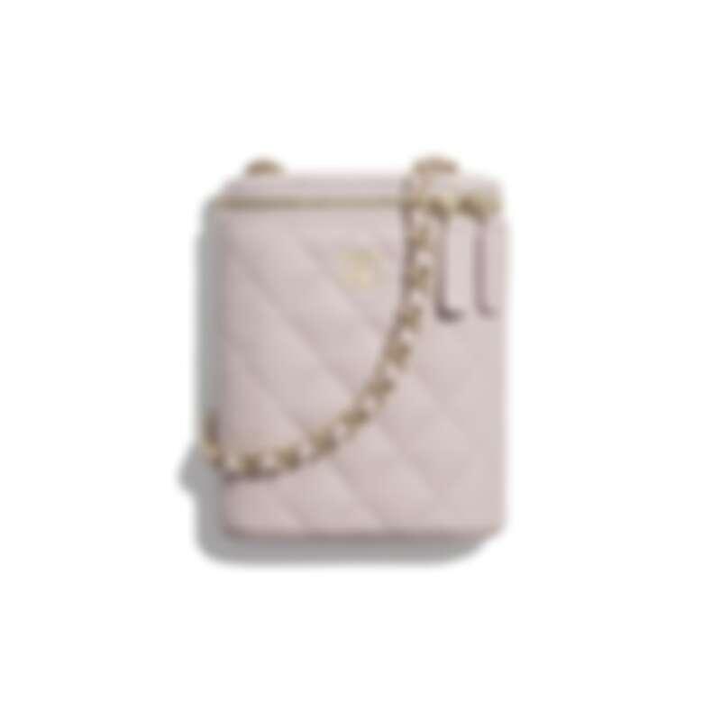 Chanel經典鏈子化妝包,NT50,500
