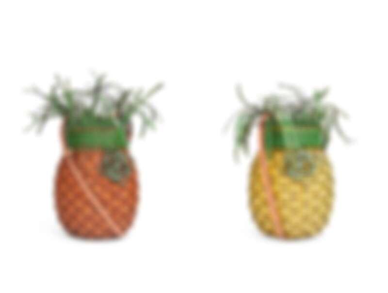 Loewe鳳梨編織包,售價NT$69,000