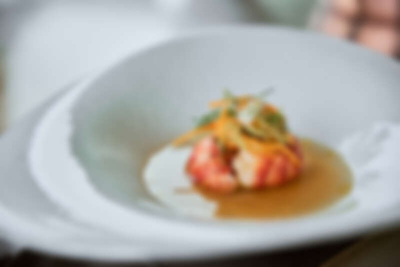 開場即以雙主廚限定特別鐵板料理,十分精彩。