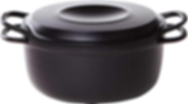 全新一代進化版23公分琺瑯鑄鐵鍋。