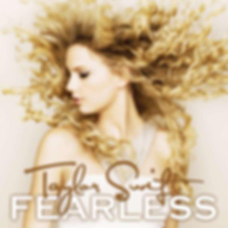 2008年發行第二張專輯《無懼的愛/Fearless》