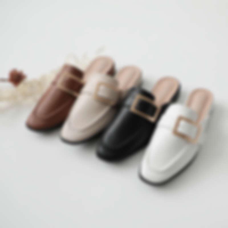 質感大方釦低跟穆勒鞋 各NT1380