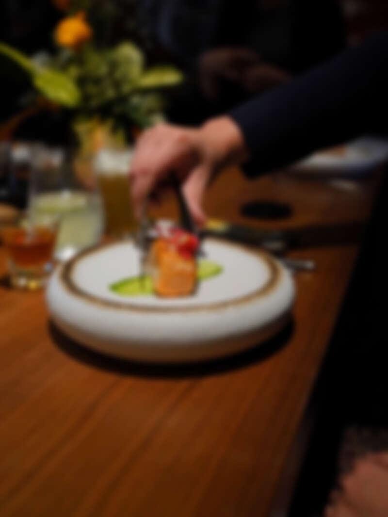 粉紅胡椒×鮭魚×香草