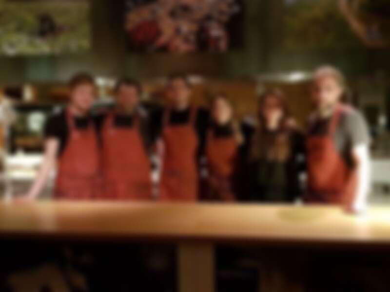 由五位餐飲界的青年組成一支團隊 One Star House Party。